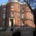220px-The_Octagon_House_-_Washington,_D.C.